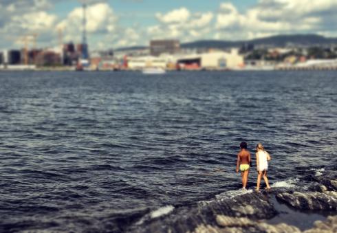 """kinder, meer, fjord, oslo, spielen"""