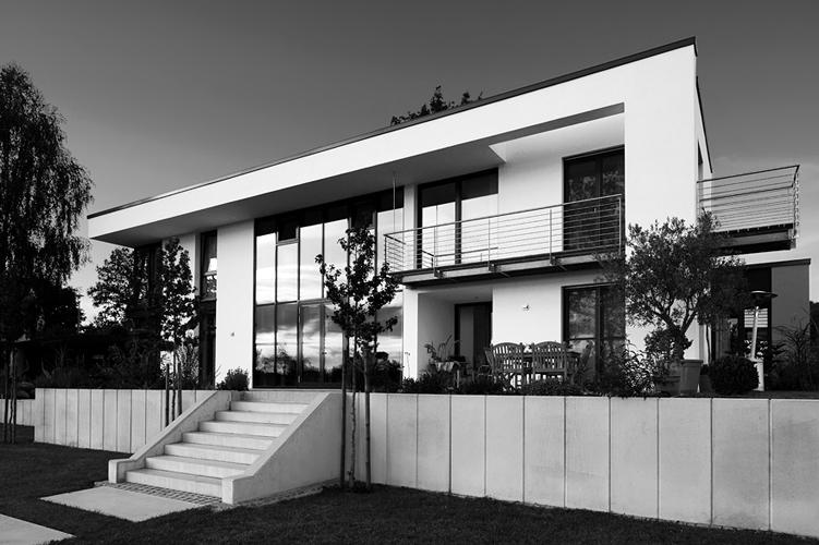 Modern bildraum for Moderne architektur wohnhaus